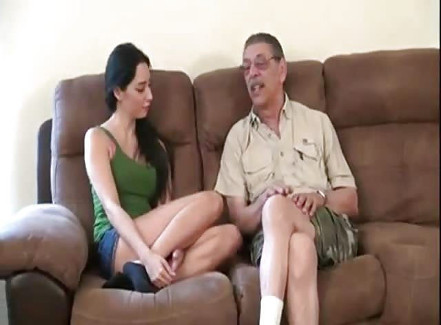 Teen Brunette Wanted to Try Experienced Dick