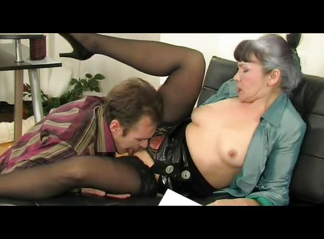 Older Russian Woman Gets Licked and Banged