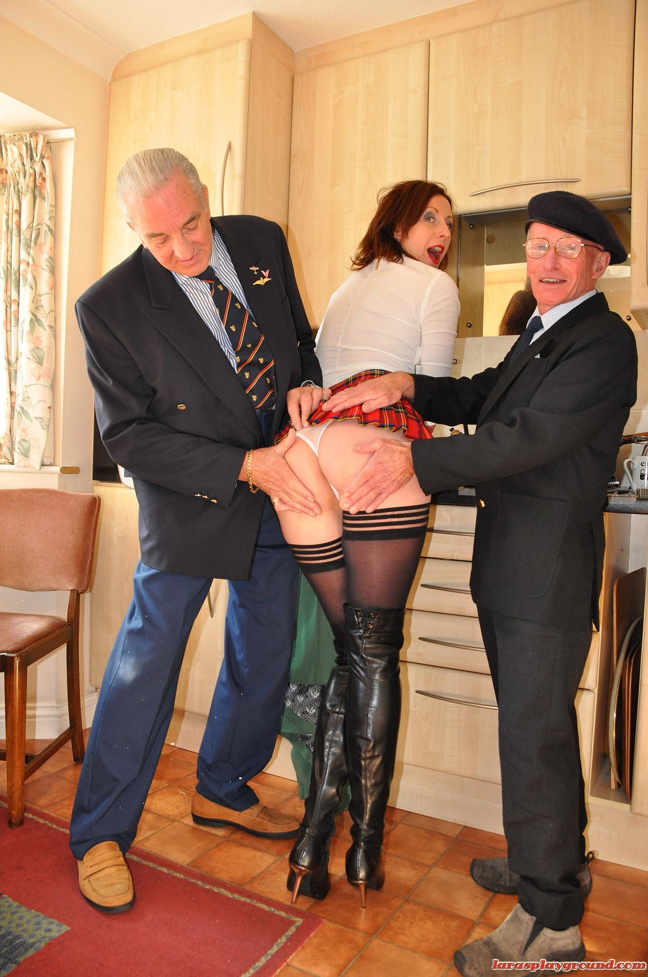 Horny grandpa stuffing babe in school uniform (2/15)
