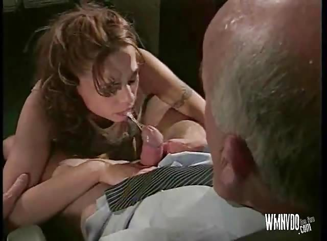 Kinky Boss Wants a Blowjob