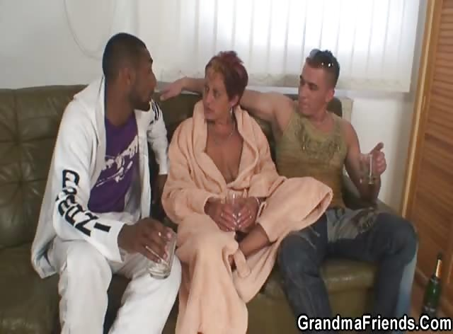 Granny Enjoys Nice Threesome Fuck
